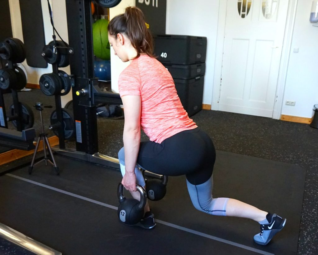 Top 8 Glute Exercises to Strenghten and Shape Your Behind