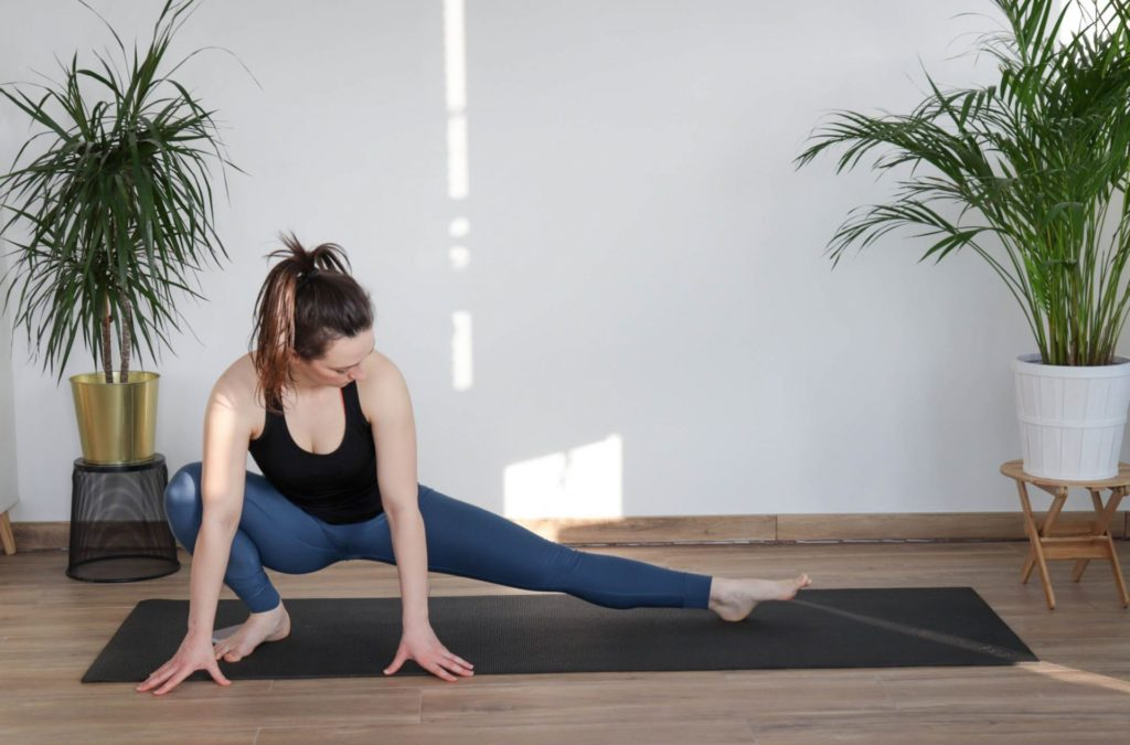 the inner-thigh stretch from article 8 must-do cooldown mobility exercises