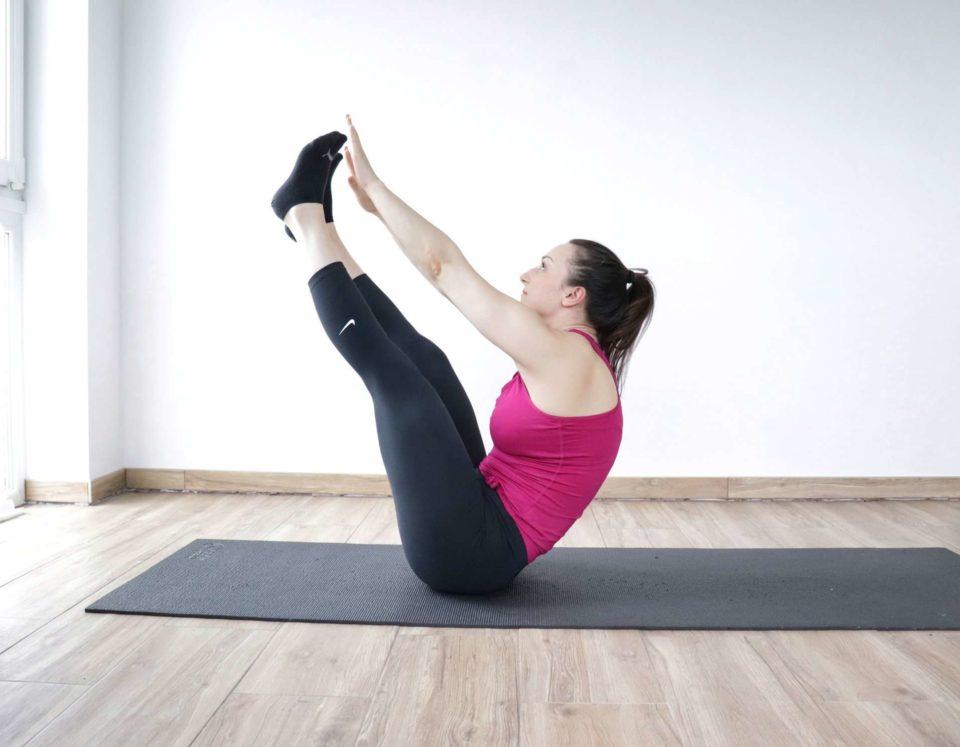 crossfit ab exercise V-up